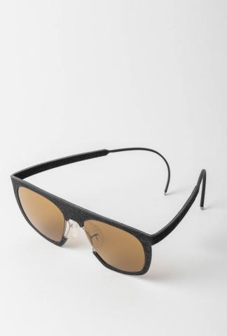 Hapter H01M 51-18 Unibody Steel & Rubber Sunglasses