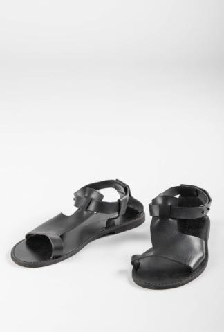 Aleksandr Manamis 1141008 Stud Closure Leather Sandals