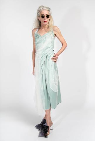 Quetsche sport back drapee dress