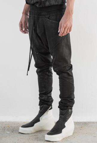 JULIUS_7 Coated legging pant