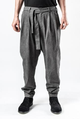 139DEC Pleated Tapered Trousers with Integrated Belt