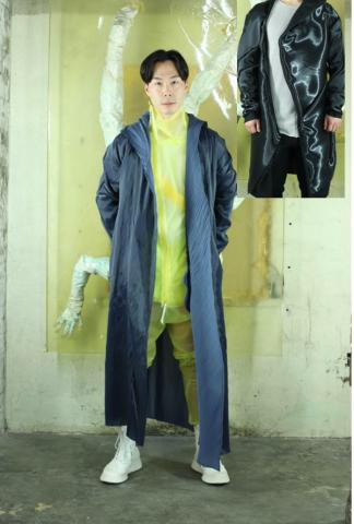 Leon Emanuel Blanck Distortion Robe