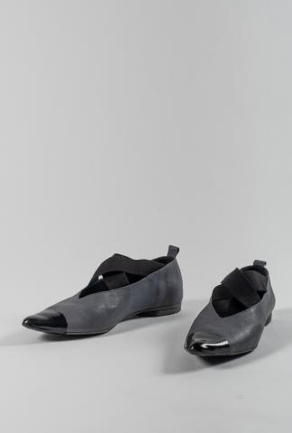 Uma Wang Pointy Dipped Leather Ballerina Shoes