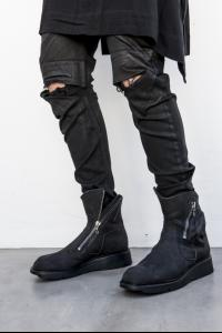 JULIUS_7 Slash-Zipped Engineer boots with MA1 pocket