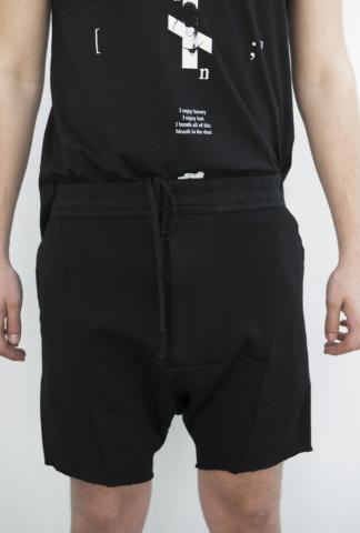 Julius_7 577PA32-P Panelled Printed Shorts