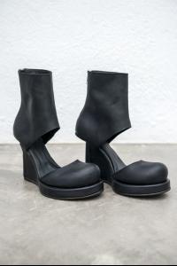 Goran Horal H14 Full Grain Scarred Antelope Leather Open Instep Wedge Heels