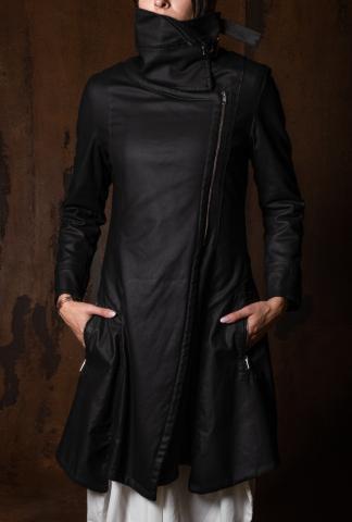 Lurdes Bergada Resin leather coat