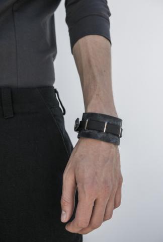 M.A+ staple wrist cuff