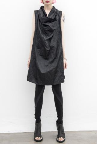 Andrea Ya'aqov drapped vest