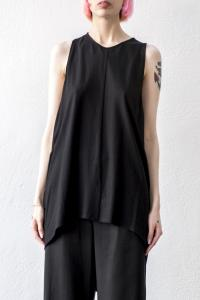 Nostrasantissima Elongated Asymmetric Tank top