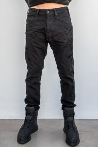 Julius_7 597PAM13 Distressed Tapered Denim