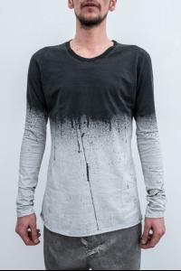 10Sei0otto Sprayed Round Neck Cross Pattern T-shirt