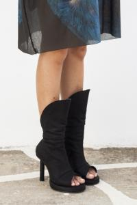 GORAN HORAL Open toe hight bootie Black Antelope