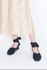 UMA WANG balerinas Ankle cross Balerina shoes