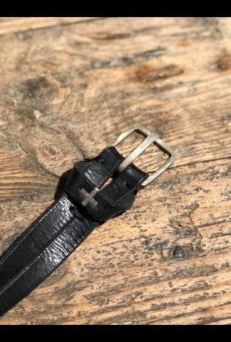M.A+ q buckle staple studded split